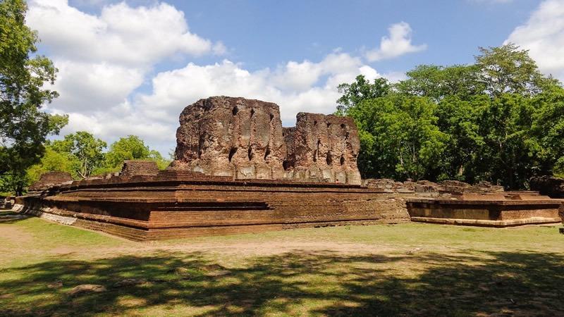 Sri Lanka Cultural Triangle Tour, Anuradhapura or Polonnaruwa