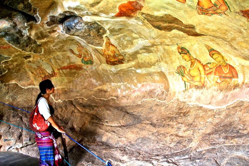 Sigiriya frescoes paintings, Where should I visit in Sri Lanka