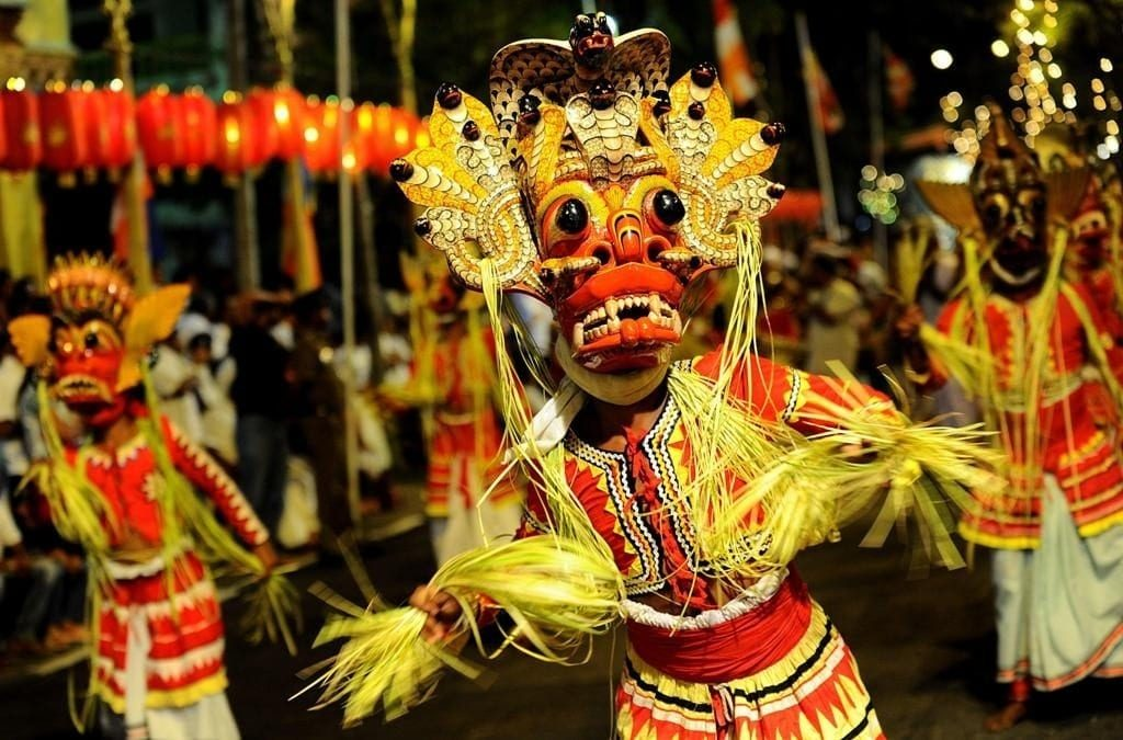 7 best places for Sri Lanka cultural tour, sri lanka cultural places, the trip of Kandy
