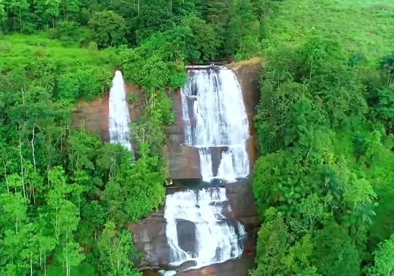 sandunella waterfall abseiling sri lanka