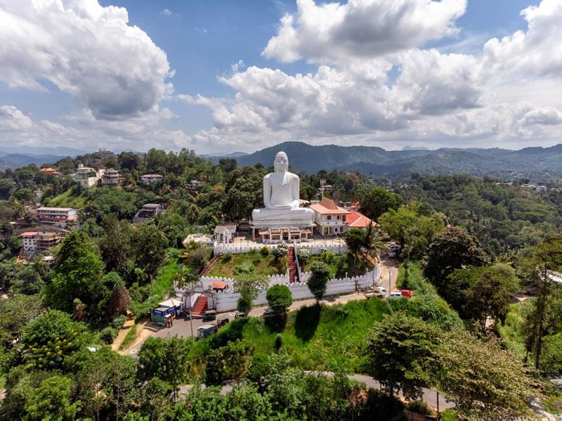 Bahirawakande Buddha statue Kandy